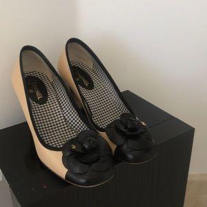 Chanel stacked heel pump